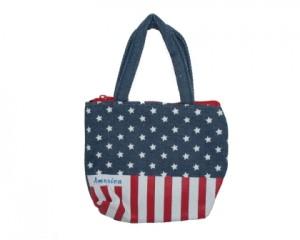 Lille pung med hank i amerikansk look med stjerner og striber.
