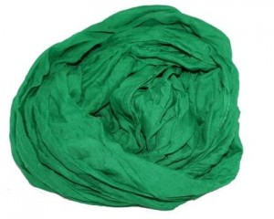 Ensfarvet tørklæde i grøn