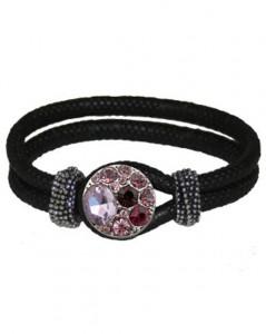 Sort læder armbånd med dobbelt remme og lyserødt smykke