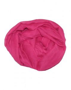 Ensfarvet_tørklæde_i_pink_til_kor
