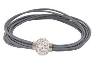 Billigt grå armbånd med smuk simili lås online Smikka webshop