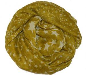 Tørklæde med stjerner på tilbud til god online pris