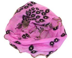 Pink tørklæde med påfugle. Kun 40 kroner under januar udsalg