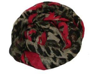 Smukt leopardtørklæde med neonpink hjerter online hos smikka