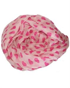 Lyserødt hjertetørklæde i smukt design