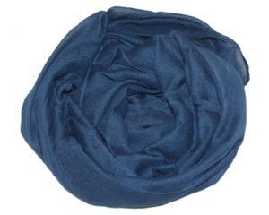 Ensfarvede mørkeblå tørklæder i flot dyb farve
