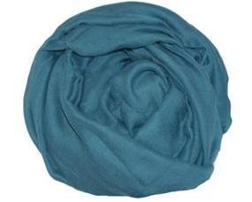 Stort ensfarvet tørklæde i blå billigt online