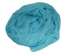 Bestil ensfarvet blåt tørklæde i let materiale online