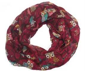Mørkerød tørklæde med ugler. Ugletørklæde i bordeaux online Smikka