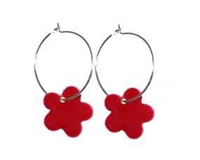 Røde øreringe til juletøjet. Jule accessories i rød. Blomster øreringe i rød.
