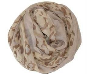 tørklæde med mønster mix og leopardpletter