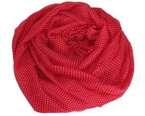 Tørklæde og accessories i rød. Smukt tørklæde i rød med små hvide prikker online Smikka